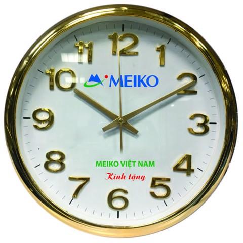 In logo lên đồng hồ treo tường mạ vàng tại Minh Châu