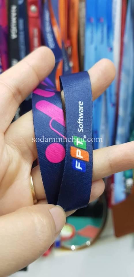 In dây đeo thẻ hà nội công nghệ dệt logo trực tiếp