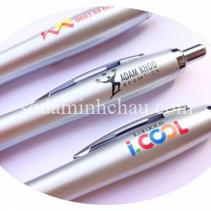 In logo lên bút bi tại xưởng in Minh Châu