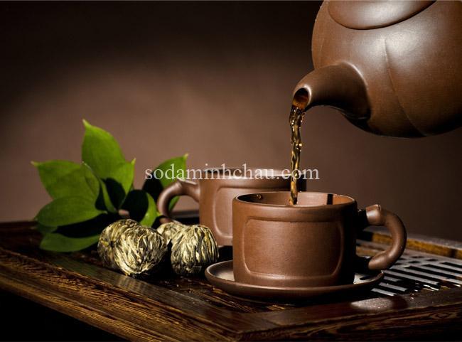 in logo lên bộ ấm chén pha trà