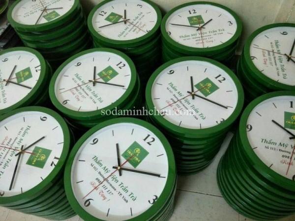 In logo đồng hồ treo tường tại Công ty Minh Châu