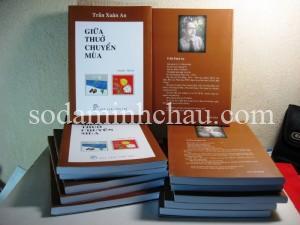 In sách màu và đóng bìa sách theo yêu cầu