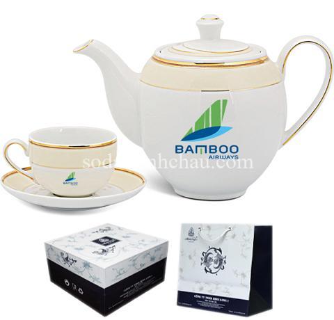 Bộ ấm trà in logo Công ty Minh Long do Minh Châu thực hiện