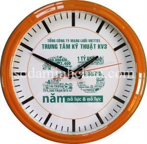 Minh Châu chuyên in logo đồng hồ treo tường làm quà tặng